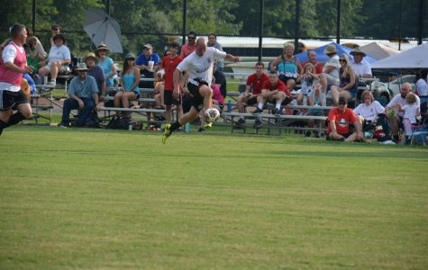 NAHS hosts boys soccer alumni game