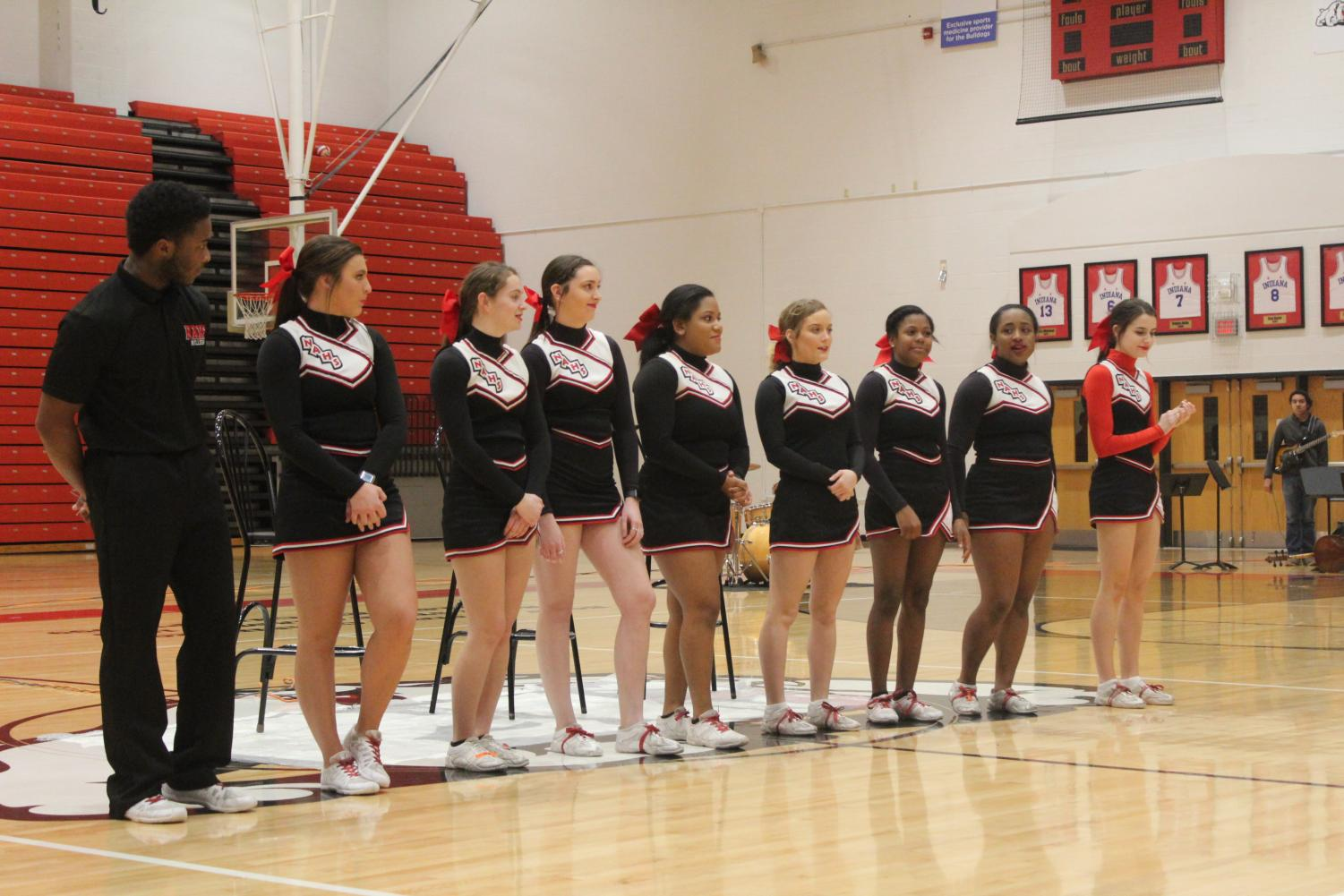Senior+cheerleaders.