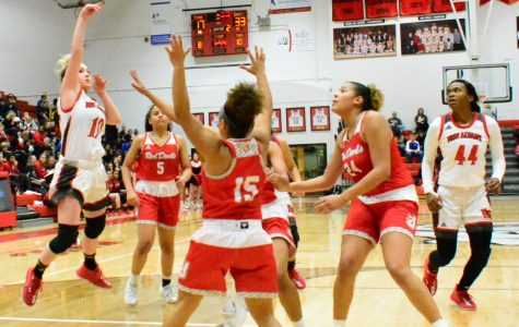 Lady Bulldogs fall to the Devils at home