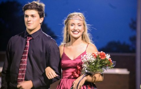 Senior Kyla Weber crowned homecoming queen
